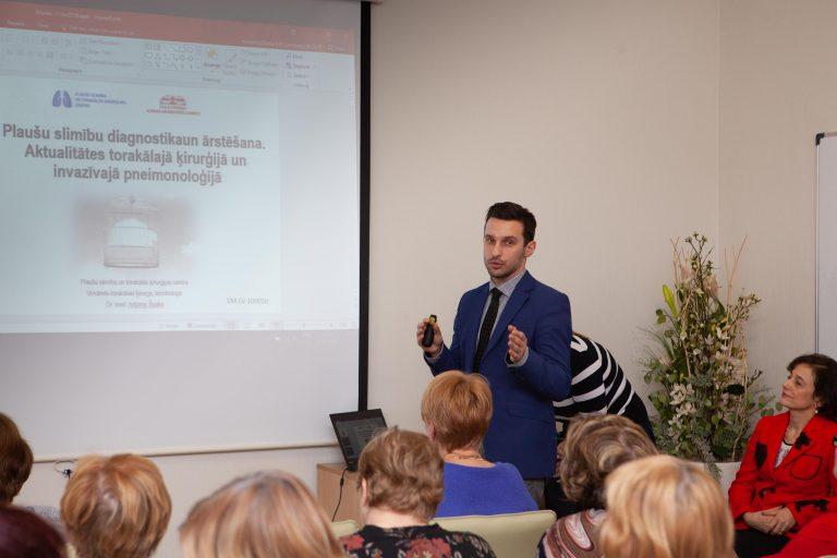 Torakālais ķirurgs Artjoms Špaks Jelgavas poliklīnikas Akadēmija Plaušu slimību seminārs