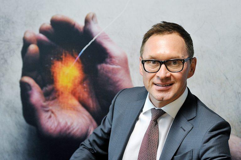 PSKUS Asinsvadu ķirurģijas centra asinsvadu ķirurgs un Angioķirurgu biedrības prezidents profesors Dainis Krieviņš.